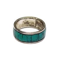 Кольцо зеленое (2,2 см).