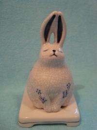 Керамическая подставка для благовоний Кролик.