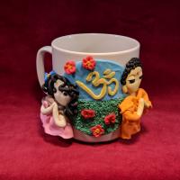 """Сувенирная кружка """"Будда и мирянка"""" (в розовом платье)."""
