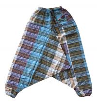 Штаны Али-Баба полосатые, разноцветные.