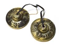 Купить Караталы с мантрой ОМ МАНИ ПАДМЕ ХУМ (6,5 см) (уценка) в интернет-магазине Dharma.ru