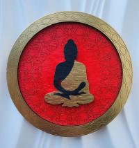 "Декоративная тарелка ""Будда"" (красная, диаметр 13 см)."