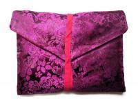 Купить Конверт для текстов фиолетовый (цветы), 26 х 20 см в интернет-магазине Dharma.ru