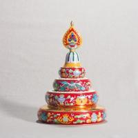Набор для подношения мандалы с Восемью Драгоценными Символами (красный, 17,8 см).