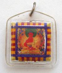 Тибетский защитный амулет с Буддой Амитабхой.