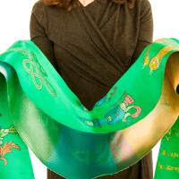 Хадак зеленый с Восемью Драгоценными Символами (48 x 235 см).